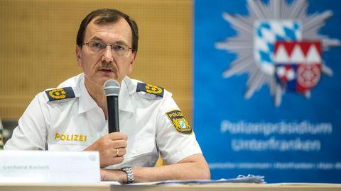 Unterfrankens Polizeipräsident Gerhard Kallert während der Pressekonferenz zum Messerangriff in der Würzburger Innenstadt