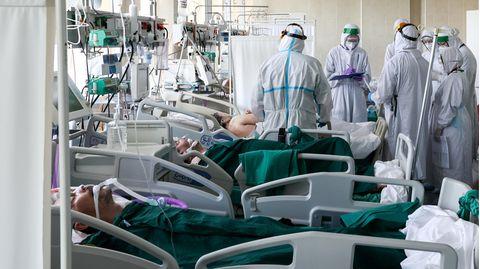 Russland, Moskau: Die Kliniken im Land sind mit Corona-Patienten überfüllt
