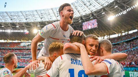 Tschechische Jubeltraube im EM-Spiel gegen die Niederlande