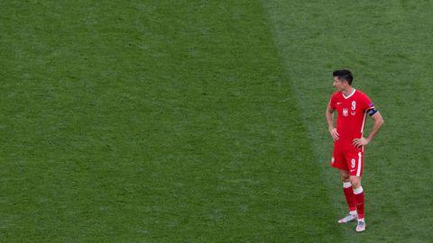 Lewandowski auf dem Spielfeld der Europameisterschaft gegen Schweden