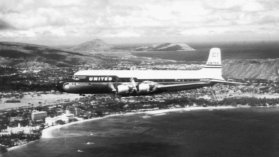 Douglas DC-7 von United