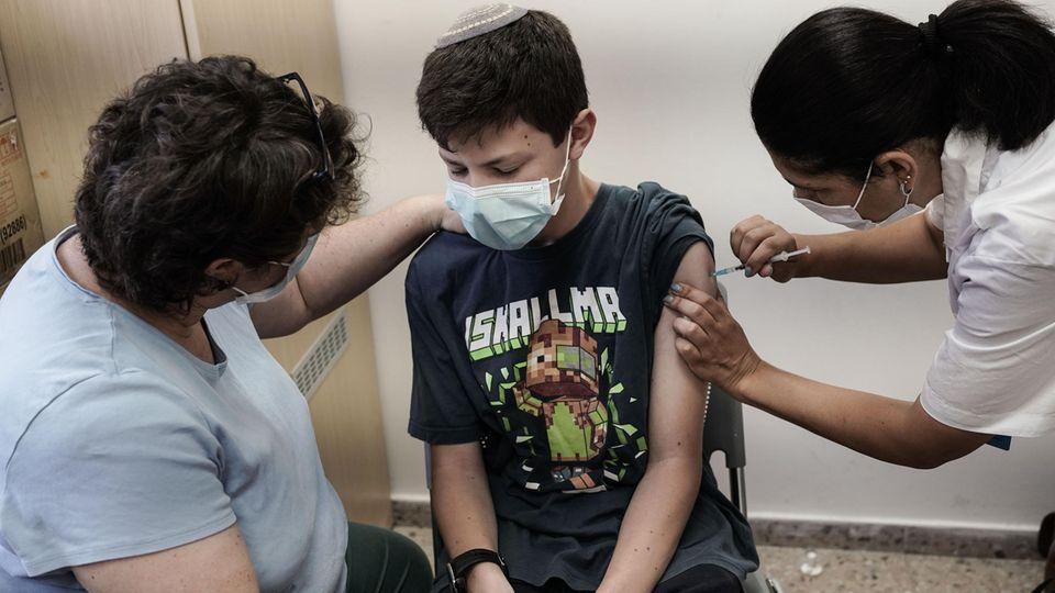 In Isreal werden nun auch die 12-15-Jährigen mit Biontech geimpft