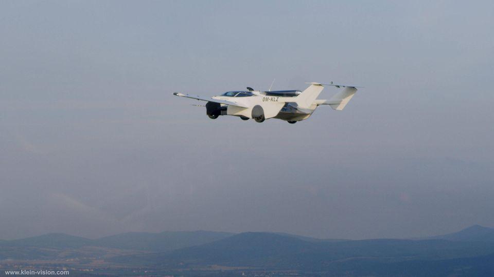 Das Aircar auf seinem Tesflug.