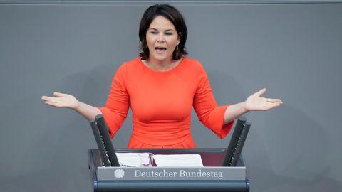 Annalena Baerbock im Bundestag - die Diskussion um ihre vermeintlichen Plagiate hält unser Autor für komplett überzogen