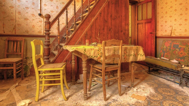 In diesem Bauernhaus in Belgienhat schon jahrelang niemand mehr am Tisch gesessen