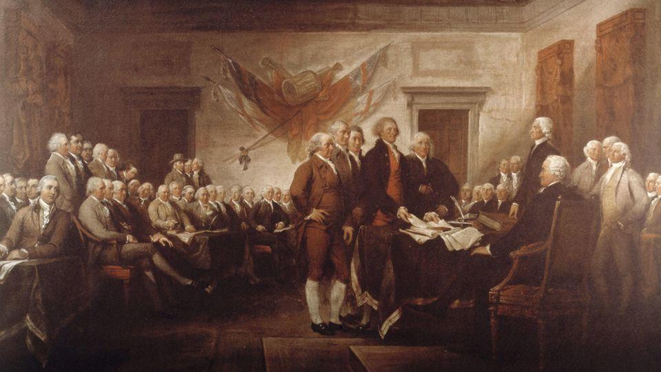 Ein historisches Gemälde der Unterzeichnung der amerikanischen Unabhängigkeitserklärung