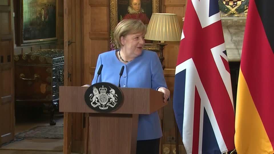Jubel und Kritik in England: Ohne Abstand und Masken: Johnson kündigt Ende der Corona-Maßnahmen an