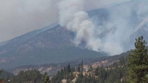 Waldbrände in den USA: Sie kämpfen einen unerbittlichen Kampf gegen die Flammen – und ein Ende ist nicht in Sicht