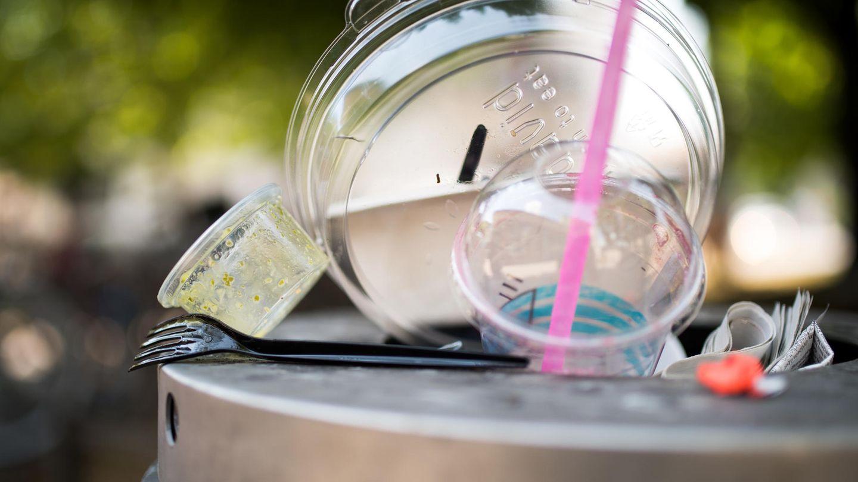 Deutschland setzt Plastikverbot ab Samstag um: Kein Einwegplastik mehr