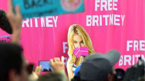 """Seit Jahren kämpft die """"Free Britney""""-Bewegung für ein Ende der Vormundschaft ihres Vaters."""
