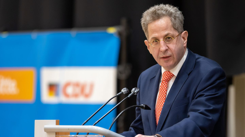 Hans-Georg Maaßen spricht vor der Wahlkreisvertreterversammlung der CDU-Kreisverbände in Südthüringen.