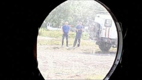 Abgestürztes Flugzeug: Verzichtete der Pilot aus Spargründen auf einen Tankstopp?