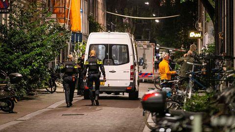 Reporter Peter R. de Vries wird in Amsterdam niedergeschossen