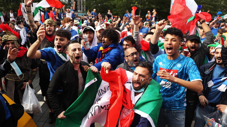 EM 2021: Italienische Fans feiern vor dem EM-Halbfinale gegen Spanien in London
