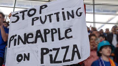 Pizza und Ananas