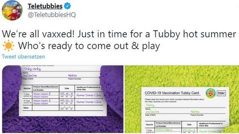 Screenshots eines Tweets der Teletubbies über ihre Impfnachweise für das Covid-Vakzin