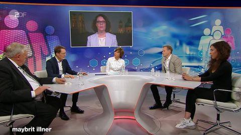 """SPD-Gesundheitsexperte Karl Lauterbach (2. v.l.) diskutiert mit dem Virologen Hendrick Streeck (2. v.r.) bei """"Maybrit Illner"""""""