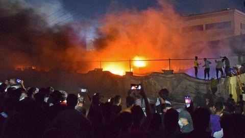 Irak: Dutzende Menschen sterben nach Brand auf Covid-19-Station (Video)