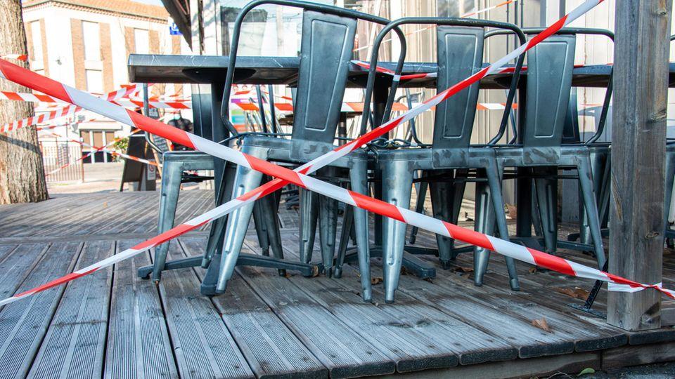 Französisches Café geschlossen