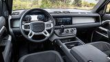 Im Cockpit des Land Rover Defender PHEV 2021 erinnbert nichts mehr an den Vorgänger