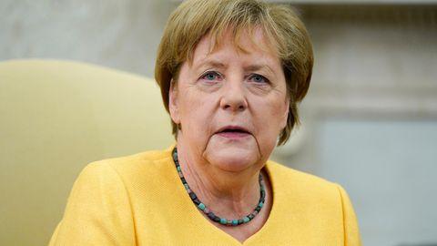 Hochwasser-Katastrophe: Merkel spricht Angehörigen der Flut-Opfer ihr Beileid aus
