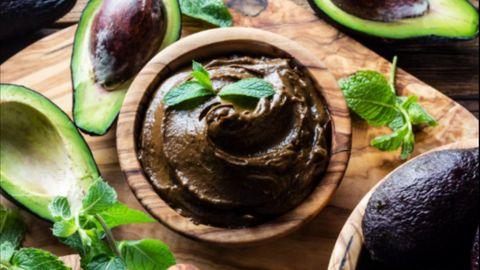 Blaubeeren und Joghurt: Torte ohne Backen: Rezept für eine leichte Kühlschranktorte