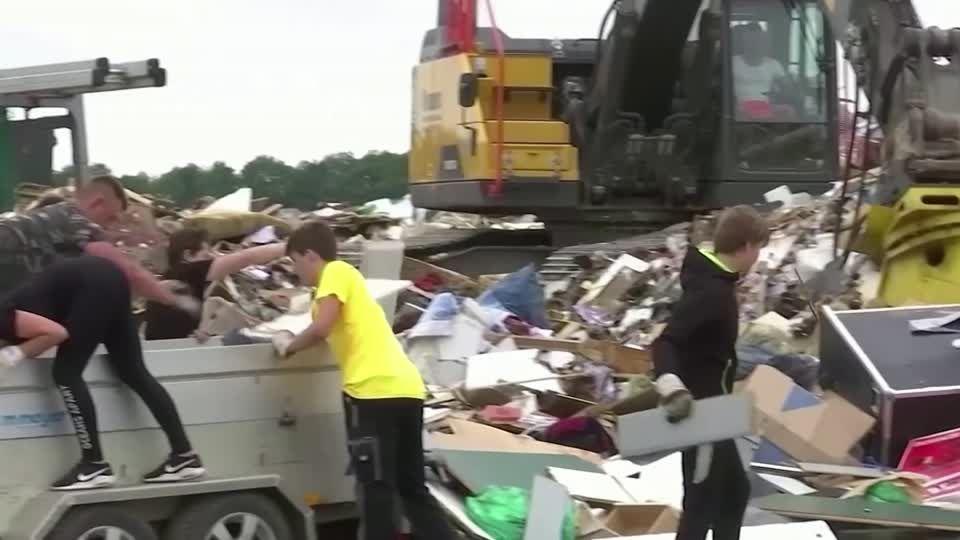 """Hochwasser in Deutschland: """"Entscheidungen vor Ort richtig getroffen"""": NRW-Innenminister Reul nimmt Städte und Kreise in Schutz"""