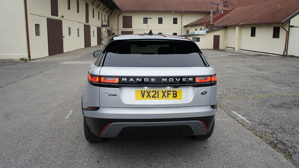 Range Rover Velar P400e