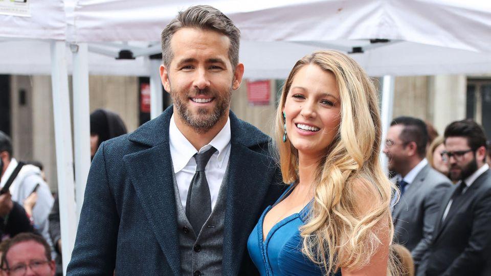 Ryan Reynolds und Blake Lively Arm in Arm