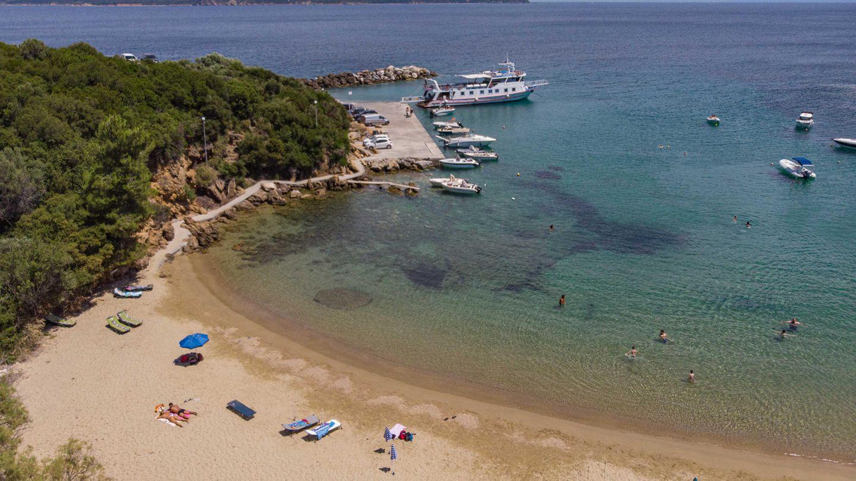 Strand an der griechischen Küste