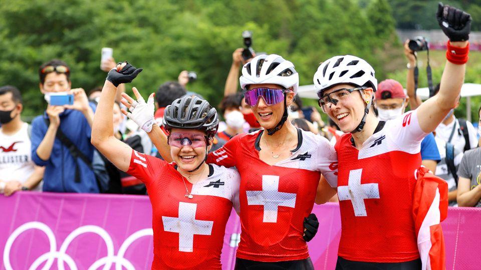 Schweizer Mountainbikerinnen jubeln