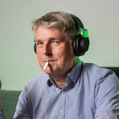 stern-Redakteur Rolf-Herbert Peters behandelte sich selbst mit einer neuen Therapie gegen Tinnitus