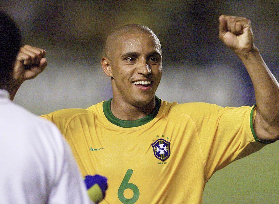 Roberto Carlos - Brazil vs Venezuela 2001