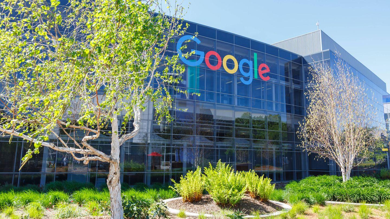 Apple, Microsoft und Google-Mutter Alphabet – Corona-Pandemie bringt Tech-Giganten Milliarden ein.