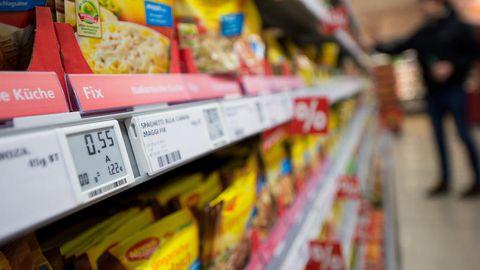 Ein elektronisches Preisschild im Supermarkt (Symbolbild)