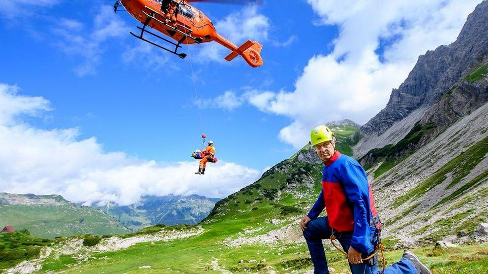 Markus Söder postet ein Foto mit Hubschrauber der Bergrettung.