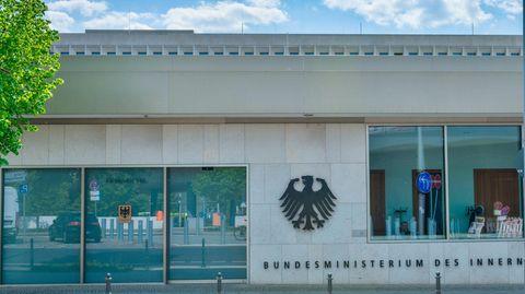 Eine Außenansicht des Bundesinnenministeriums in Berlin