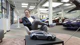 Designer Grant Larson erklärt das Konzept der Porsche Exclusive Manufaktur