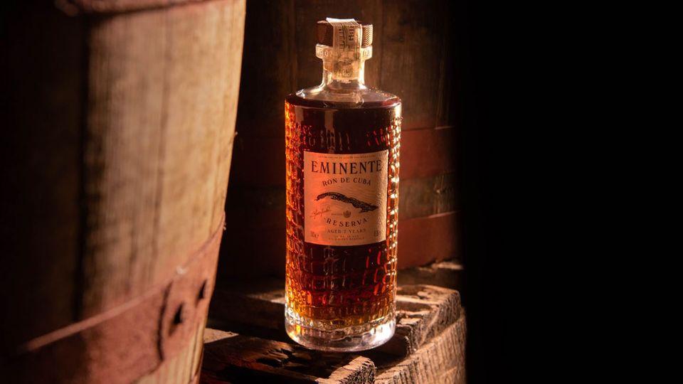 Der Eminente Reserva kommt in einer stilvollen Flasche daher