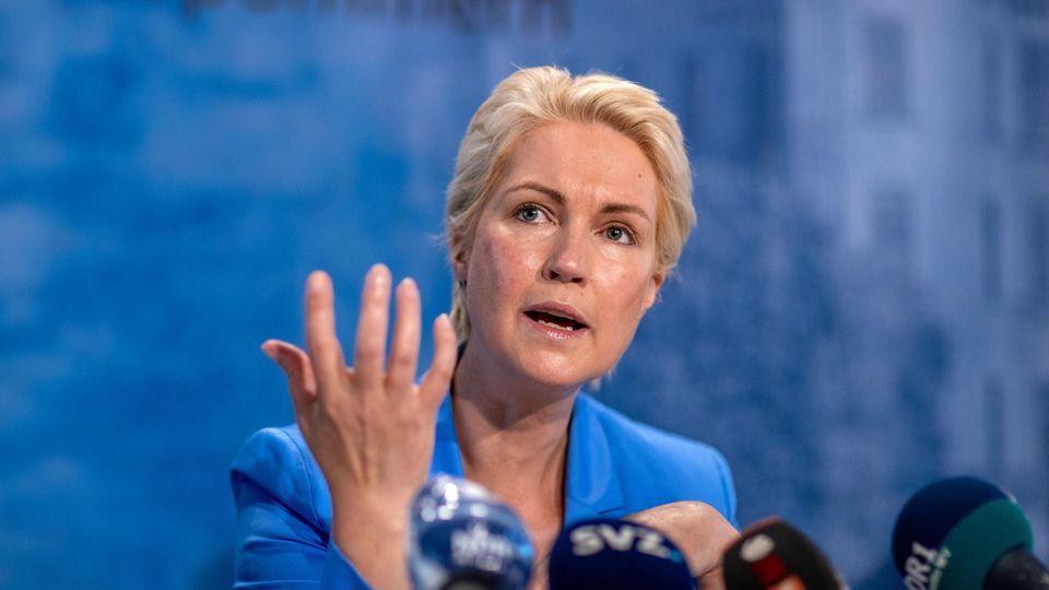 Manuela Schwesig (SPD), die Ministerpräsidentin von Mecklenburg-Vorpommern, ist gegen eine Verschärfung der Maßnahmen für Menschen, die sich nicht gegen Corona impfen lassen wollen (Archivbild)