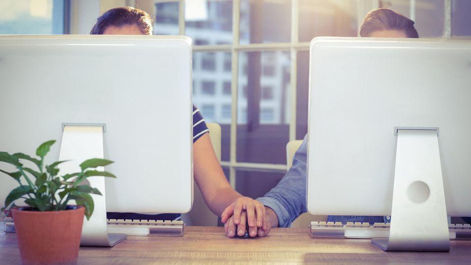 Wenn Kollegen ein Paar werden, können Konflikte im Team drohen