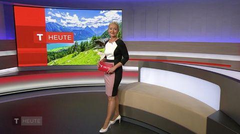 ORF-Moderatorin Sybille Brunner moderiert die Sendung Tirol Heute
