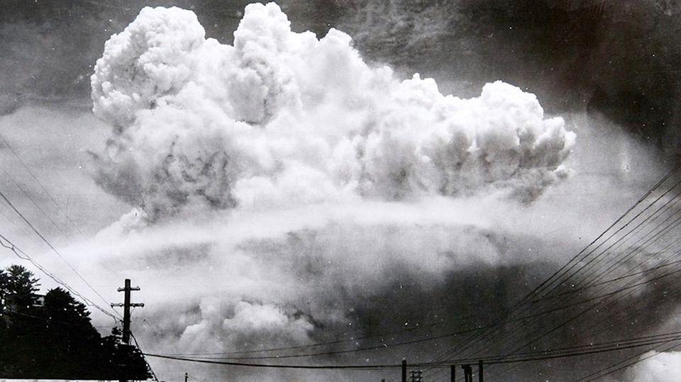 Nagasaki nach der Atombombe: Archivaufnahmen zeigen verwüstete Stadt