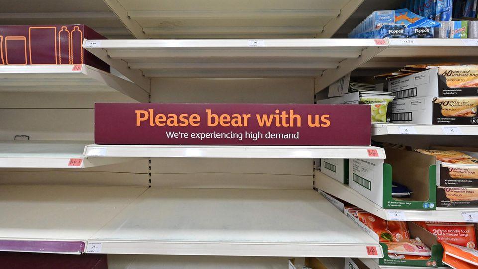 Leere Regale in Großbritanniens Supermärkten