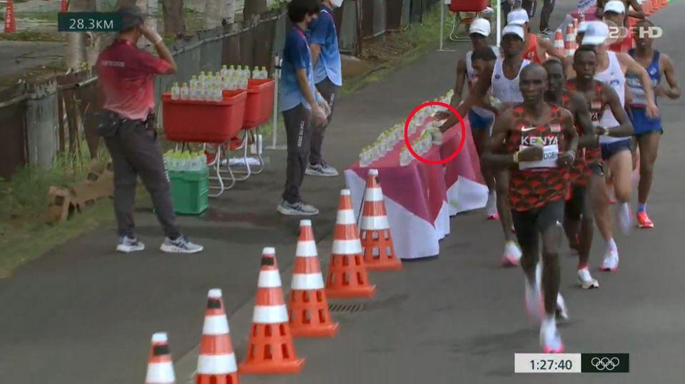 Szene aus dem Marathonlauf bei den Olympischen Spielen