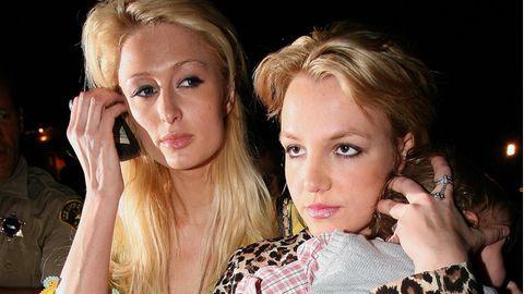 Paris Hilton (l.) und Britney Spears sind seit vielen Jahren befreundet