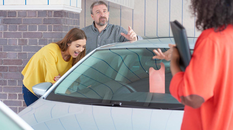 Beim Kauf eines Autos sollte man vor allem Ruhe bewahren, um sich nicht über das Ohr hauen zu lassen