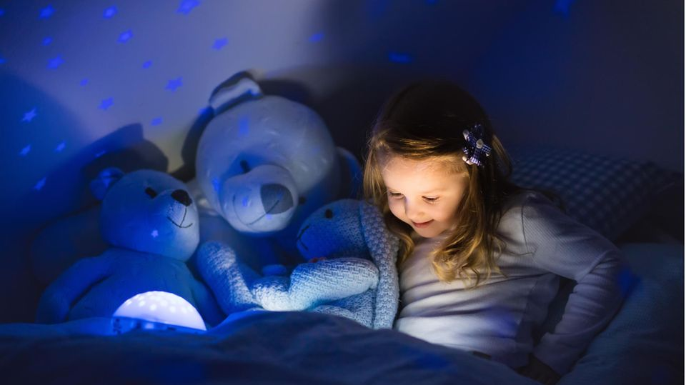 Ein LED-Sternenhimmel eignet sich sehr gut als Nachtlicht für Kinder –aber nicht nur