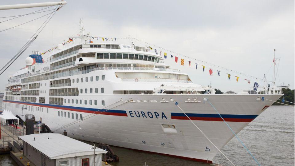 Niederlande: Passagier von Kreuzfahrtschiff über Bord
