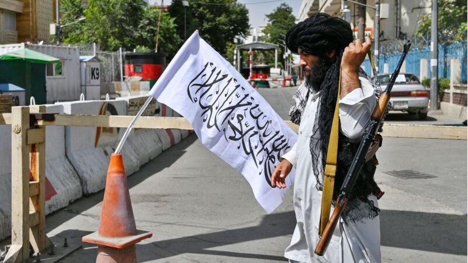 """Afghanischer Journalist: """"Die Taliban sagen, die Leute müssen keine Angst haben. Aber alle verstecken sich zu Hause"""""""